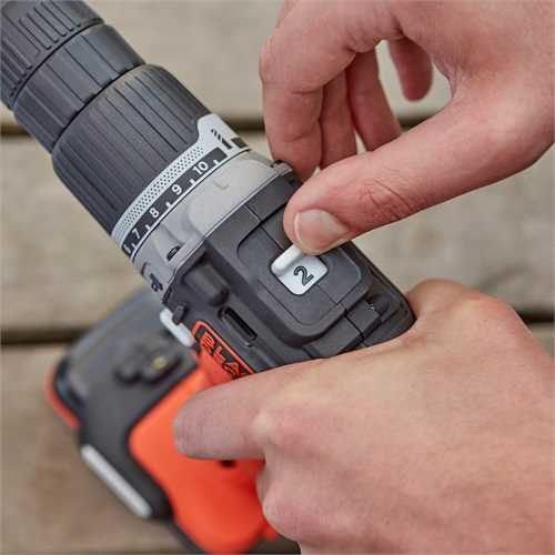Black and Decker - Berbequim com Percusso 12V 15Ah Litio - BDCHD12S1