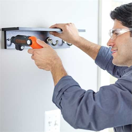 Black and Decker - Aparafusador 36V Litio com Lanterna - BDCSFL20C