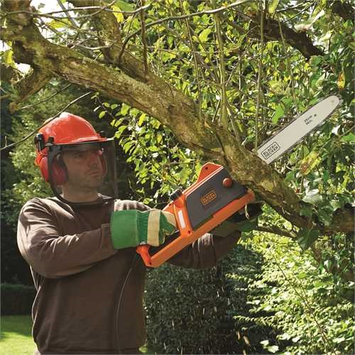 Black and Decker - Motosserra 1800W 35cm - CS1835