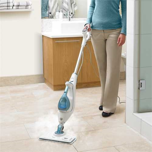 Black and Decker - Steam Mop Autoselect 15 em 1 com cabea Steam  perfume - FSMH16151