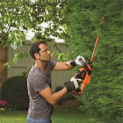 Black and Decker - Cortasebes POWERCOMMAND 18V 2Ah 50cm - GTC18502PC