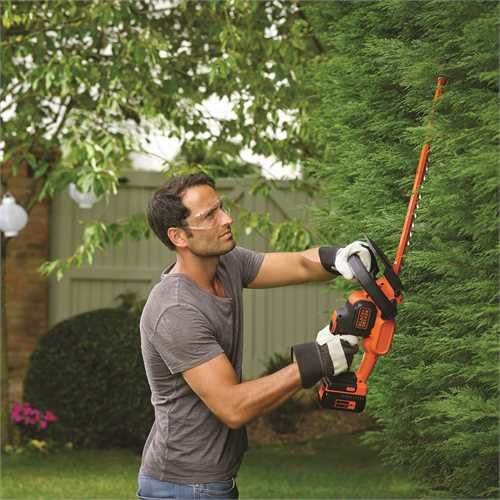 Black and Decker - Cortasebes POWERCOMMAND 36V 2Ah 55cm - GTC36552PC