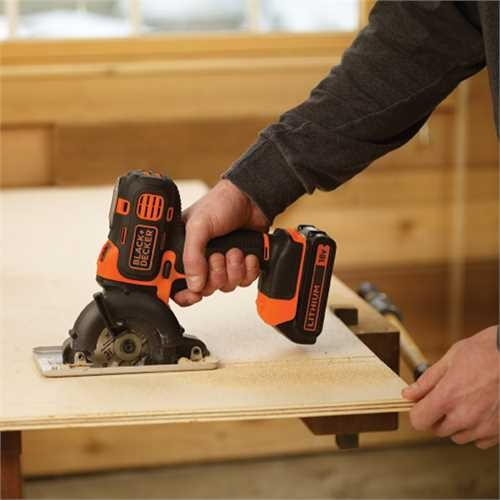 Black and Decker - Multiferramenta Multievo 18V com cabea berbequim aparafusador - MT218K